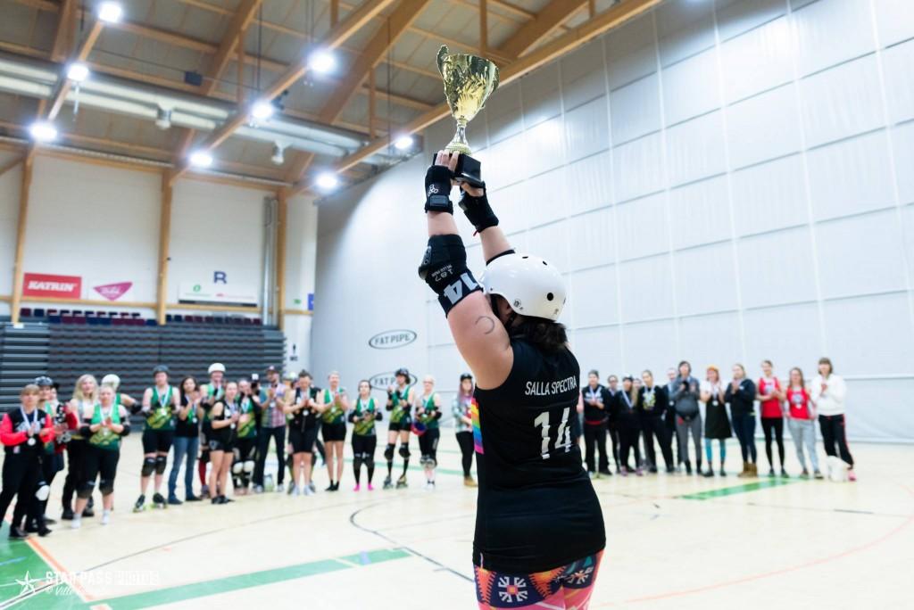 SM-kulta meni tiukkojen finaalitaistojen jälkeen Kalliolle. HRD nousi viime vuoden neljänneltä sijalta hopealle ja pronssin nappasi Tampere.